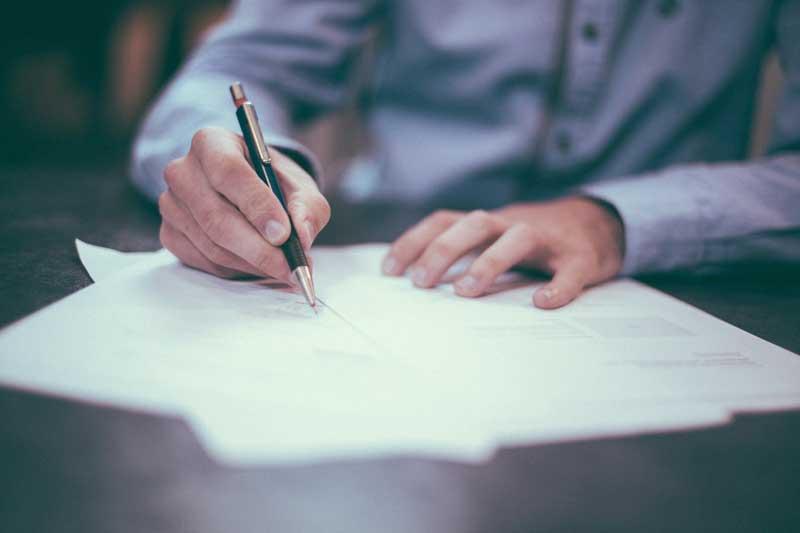 Notificaciones que deben realizar los extranjeros al cambiar el estado civil, el domicilio y si adquieren la Nacionalidad Española